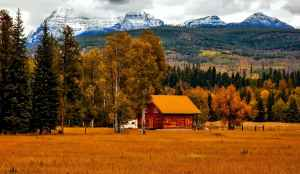 autumn barn colorado colorful